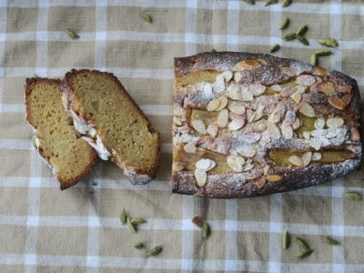 Pear and Cardamon Loaf Cake
