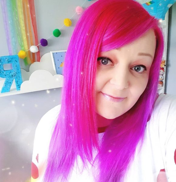This talented Mum will brighten your day / Dork Face Blog